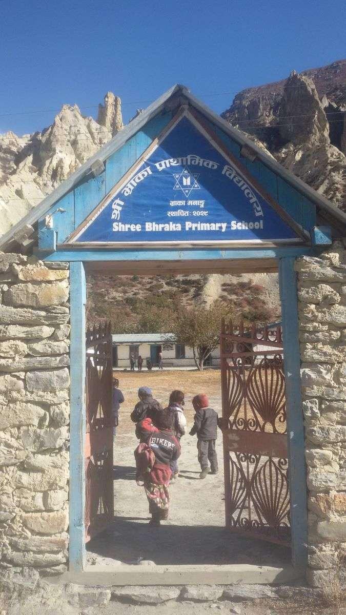 Annapurna Circuit scuola