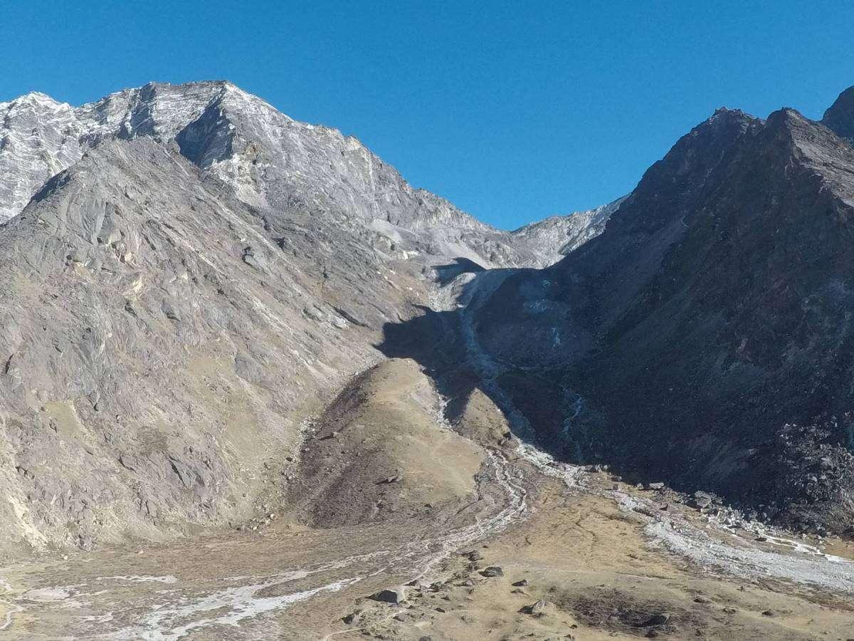Discesa dal Kongma La Pass
