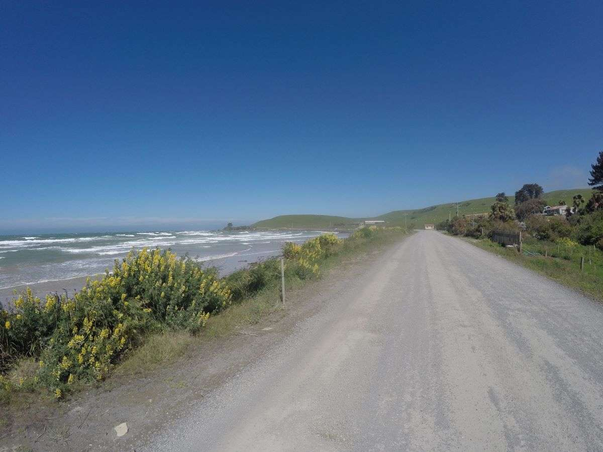 In bici nelle Catlins verso Nuggets Point