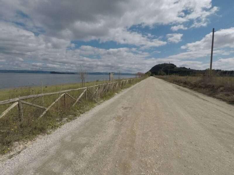 Lago Bolsena strada bianca