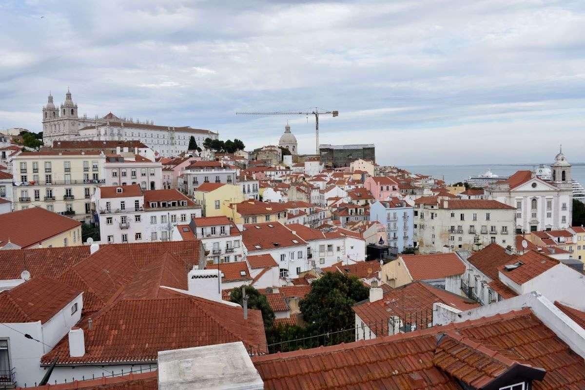Lisbona Miradouro de Santa Luzia