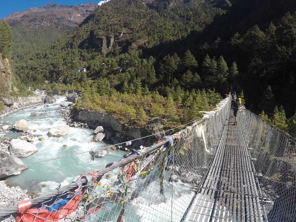 Ponte verso Namche Bazaar