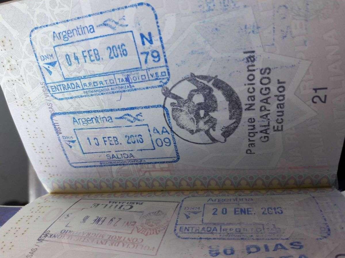 Viaggio alle Galapagos passaporto
