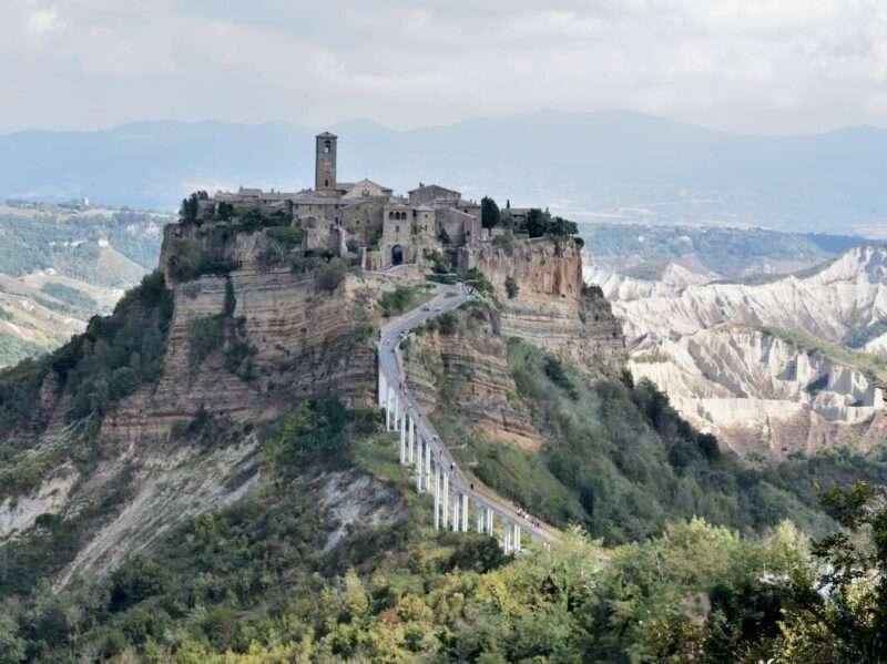 Giro vicino ai Roma : Civita di Bagnoregio